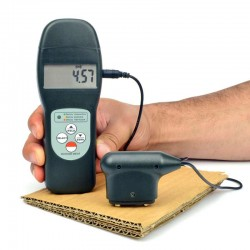 Torquímetro digital em tampas e garrafas